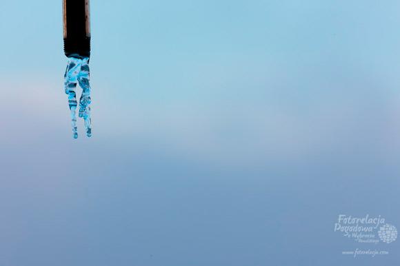 Zimny prysznic na plaży w Rewalu