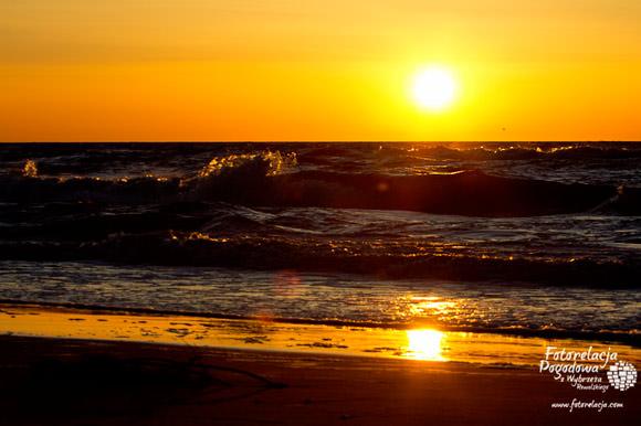 Pobierowo zachodzącego Słońca